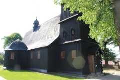 Kosciol-parafialny-drewniany-p.w.-sw.-Mateusza